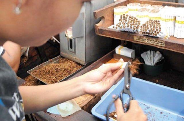 Kendalikan Konsumsi Rokok Lewat Kenaikan Cukai