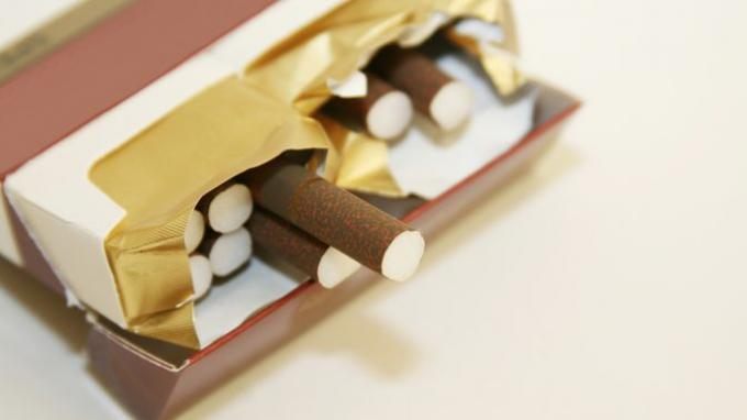 Hasil Survei, Perokok akan Berhenti Merokok Jika Harganya Dinaikan Jadi Rp 70 Ribu