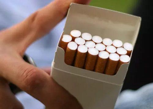 Kepala Bappenas: Penerima Bantuan Sosial Harus Berhenti Merokok